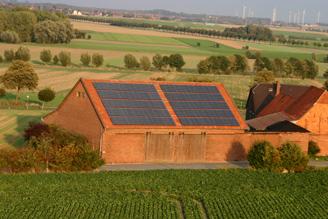 Photovoltaik-Anlage Vogelperspektive